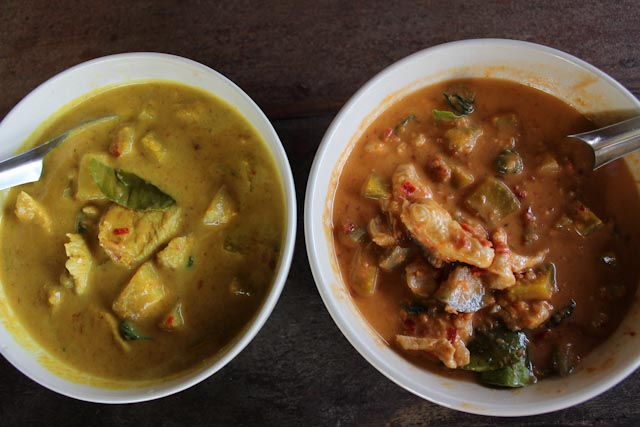 yellow-red-curry-chicken