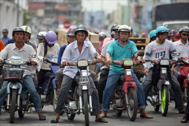 ho-chi-minh-city-motorbikes
